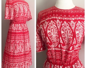Terri Ellen Red and White Dress // Paisley, Baroque, White, Red, Classic