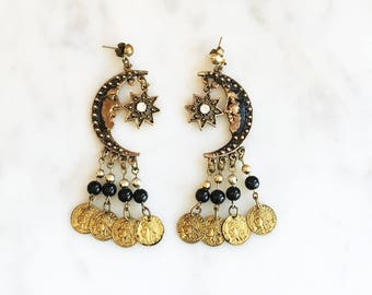 Vintage 80s 90s Crescent Moon and Stars Coin Dangle Earrings