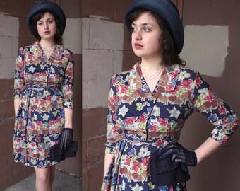 Vintage 1940's Dress // 40s Floral Print Day Dress // 40s Navy Blue Floral Pleated Skirt Shirt Dress // DIVINE