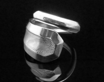 Art Deco Spoon Ring, La France 1920