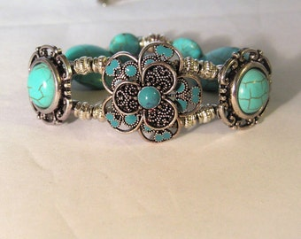 Turquoise Flower Bracelet With Free Necklace
