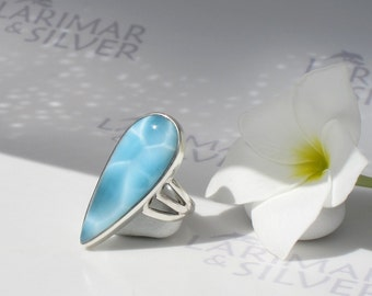 Larimarandsilver ring size 7, A Storm is coming - steel blue Larimar pear, topaz blue, turtleback, electric storm, handcrafted Larimar ring