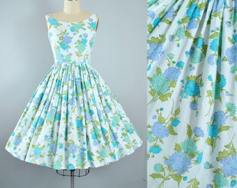 Vintage 1950s Dress / 50s Cotton Pique Sundress Lilac Purple Blue Green FLORAL Poppy CARNATION Full Swing Skirt Garden Picnic Party Pinup XS