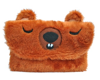 Lovely bear clutch (ready to ship)