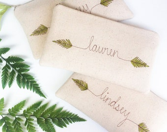 Greenery Wedding, Personalized Bridesmaid Gift, Fern Embroidered Clutch, Set of 4, 5, 6, 7, Green Wedding, Unique Bridesmaid Bag