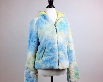90's Dreamy Cloud Blue and White Faux Fur Coat with Hood and Pastel Yellow Lining Made in Italy // M