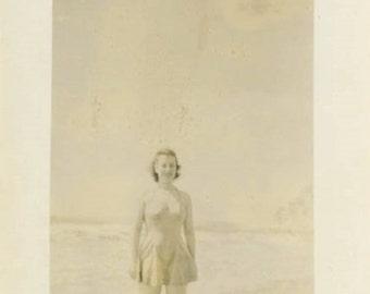 "Vintage Photo ""California Beach Beauty"" Snapshot Antique Photo Old Black & White Photograph Found Paper Ephemera Vernacular - 200"