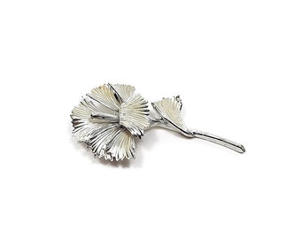 Silver Tone Vintage Flower Brooch Pin Retro Womens Floral Jewelry
