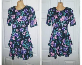 Material Girl ... Vintage 80s mini dress / ruffled tiered / 1980s dolly / bold floral revival / romantic rose / tea party .. XS S