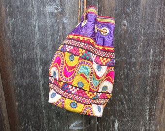 Vintage Indian Embroidered Drawstring Purse / Rajasthani Purse / Colorful Purse / Hippie Boho Purse