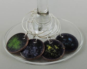 Speckled Wine Glass Charm Set, Wine Charms, Glass Charms, Drink Markers, Glass Tags, Hand Enameled Penny Charms, Wine Tags