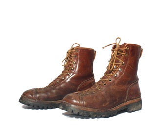 8 D | Men's Vintage Monkey Boot Lace Up Ankle Boot Rugged Insulated Hikers
