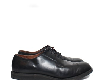 15 D | Men's Vintage Red Wing Shoes Postman Oxford Style in Black