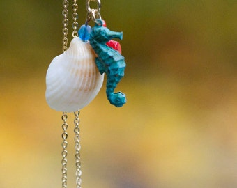 Shell Seahorse Necklace Red Coral Patina Seahorse Natural Shell Necklace Real Shell Verdigris Seahorse Mermaid Necklace Sea Jewelry - N339