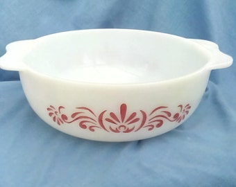 Vintage JAJ Pyrex Casserole Dish - Red Scroll - 3 pint - Made in England - Ovenproof Glass Dish