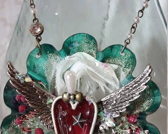 Christmas Ornament Tart Tin Ornament Winged Heart