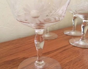 Vintage Etched Champagne Glasses Set of 7 Mid Century Champagne Coupes Champagne Saucers  Floral Stemware Vintage Barware Sherbet Flower