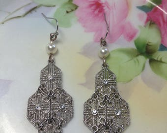 Art Deco style earrings silver filigree earrings wedding earrings wedding jewelry bridal jewelry vintage style drop earrings pearl silver