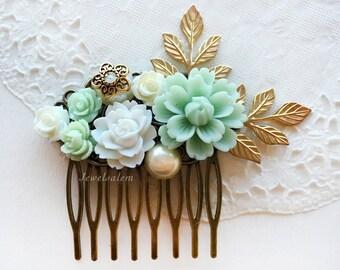 Green Wedding Hair Comb, Elegant Mint Wedding Bridal Comb, Gold Leaf Flower Headpiece, Pastel Bridesmaid Gift Hair Pin, Hair Slide For Bride