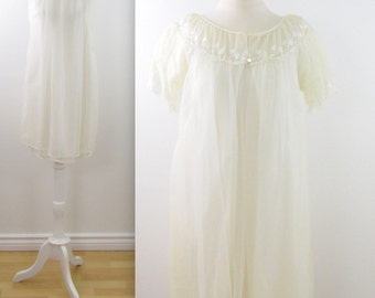 White Chiffon Wedding Lingerie Set - Vintage 1950s Peignoir and Nightgown in Medium Large by Louis Jean