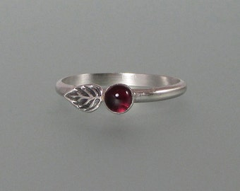 Elven leaf ring - sterling silver garnet ring - woodland leaf ring - January birthstone - botanical stacking ring -nature inspired boho ring