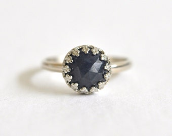 14k White Gold Ring- Blue Sapphire Ring- Alternative Engagement Ring- Dark Blue Gemstone Ring- Crown Bezel Dainty Ring- Sapphire and Gold