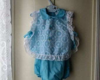 ON SALE Vintage apron dress /pinafore and sunsuit / romper / 1960s/70s robin egg blue and white outfit with lace & ruffles/ 6 to 12 months