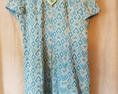 Extra Large XL Vintage 60s Plus Size Blue White Mod Mad Men Kawaii Dress Peter Pan Collar Metal Detail Ascot Issues Flaws