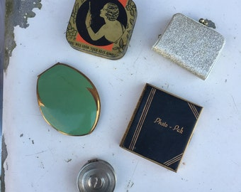 Collection of 5 Vintage Finds - Compacts, Art Deco Tin and Tiny Purse Accessories
