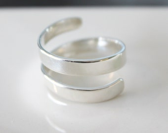 Sterling Silver Wrap Ring//Handcrafted//Modern statement piece