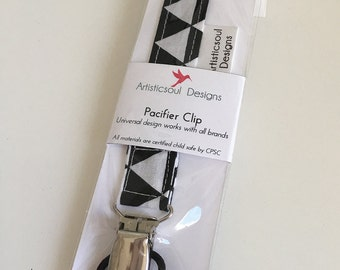 Pacifier Clip -- Black & White Triangle, Gender Neutral