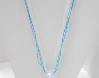 Vintage Blue Glass Teardrop Pendant Necklace (5571)