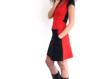 Dress with pockets, short-sleeved, red and black