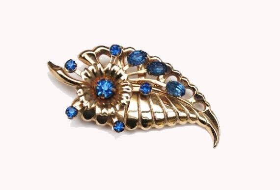 Blue Rhinestone Flower Brooch gold pin