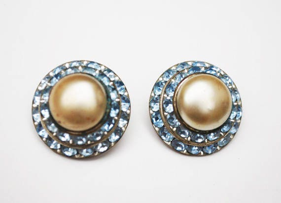 Blue Rhinestone Earrings - White pearl - Mid century - Domed - clip on earrings