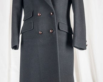 Womens 1980s tailored, black navy wool, double breasted coat. 12P. Tailored, retro
