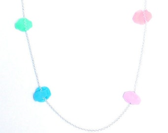 Silver necklace and dissolve confetti-pastel colors