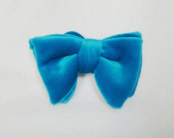 Velvet bow tie Teal green butterfly bow tie for dog Pet slide on collar bowtie Dog collar accessory for wedding party formal event ( L)