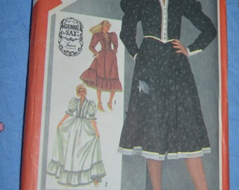 Gunne Sax Simplicity 5855 Young Junior Teens Fitted Dress in Two lengths Sewing Pattern - UNCUT Size 13 / 14