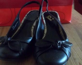 Black wedge heel pumps 7.5M