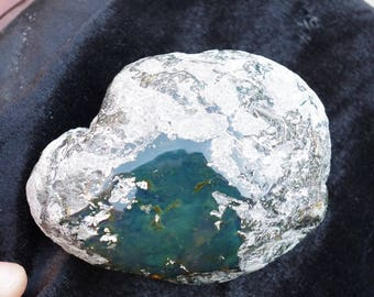 Blue Green Mexican Amber Natural Stone Window Polished 170g
