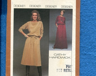 Vintage 1978 Simplicity 8652 Bateau Neckline Easy Fitting Top & Skirt Designed by Cathy Hardwick Size 10
