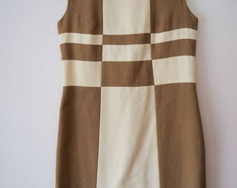 Fabulous beige & white mod block dress S/M