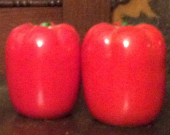 Red Pepper Salt and Pepper Shakers
