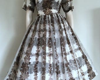Beautiful 50s Brown Floral Lattice Party Dress / Full Skirt / Mad Men / Large