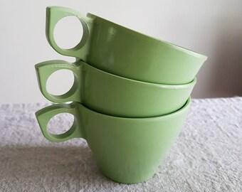 Set of 3 Melmac classic coffee / tea cups in avocado green // plastic melamine camping gear, patio, teacups, mugs, retro kitchen, 1970s cups