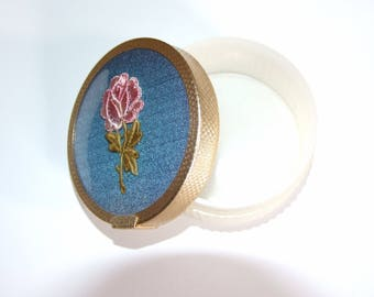 Vintage 1950s TWO-TIX Plastic Pot with Embroidery Flower Lid - 7cm Diameter