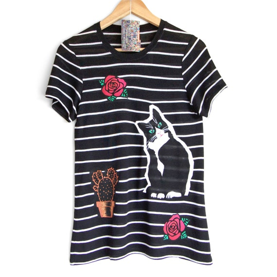 CATS and ROSES t shirt. Black t-shirt with white stripes. Cat t shirt. Cat lovers t shirt. Graphic t shirt.