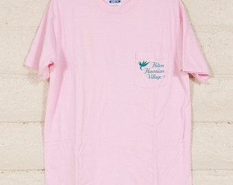 80s/90s Vintage Pink Hawaii Pocket T Shirt Size L Hanes Hilton Hawaiian Village Hotel