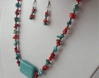 Collier pierres turquoise et corail bambou. Pierre rectangulaire magnésite bleu. Boucles d'oreilles inclus. Acier inoxydable